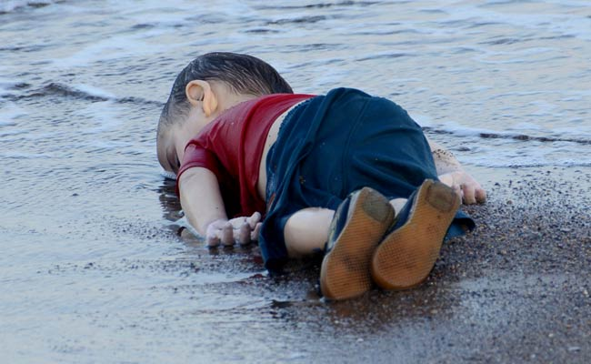 syrian-boy-drowns